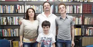 Ponta Grossa recebe família Síria refugiada.