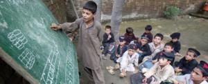 Escolas paquistanesas são reabertas após ataque de Peshawar